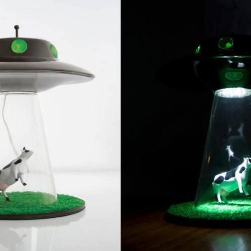 luminaria-ovni-vaca-abduzida