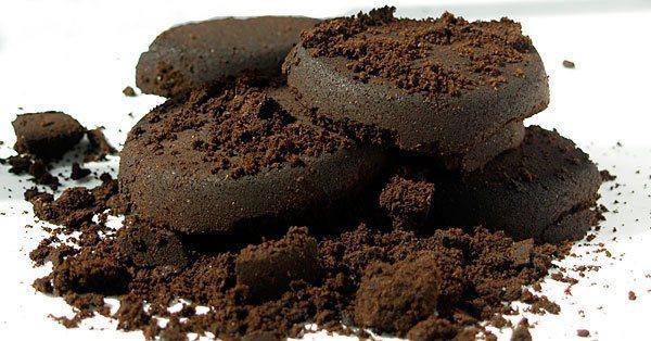 Borra-de-cafe-podera-abastecer-tratores-e-maquinas-agricolas