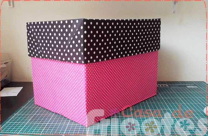 caixa forrada de papelao