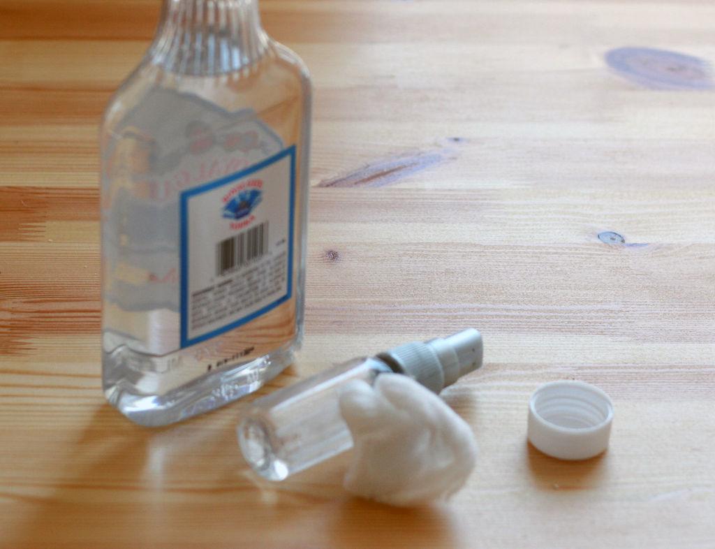 uso para vodka barata - limpar cola