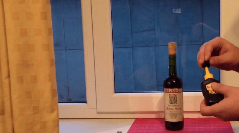 novo metodo de abrir a garrafa de vinho super cola 5