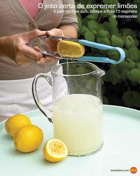 como-expremer-limão-sem-sujar-a-mão