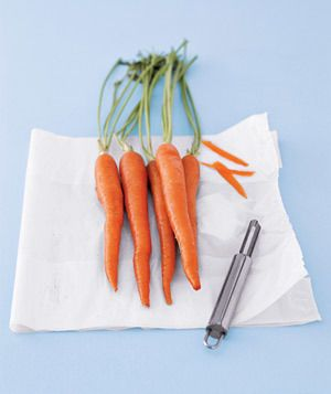 plastic-carrot_300