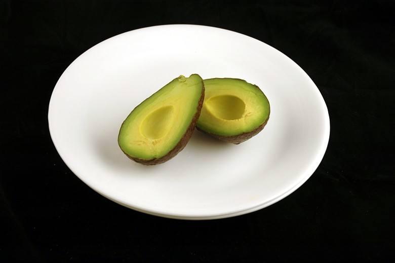abacate_calorias_sos_solteiros