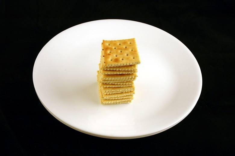 biscoito_agua_sal_calorias_sos_solteiros