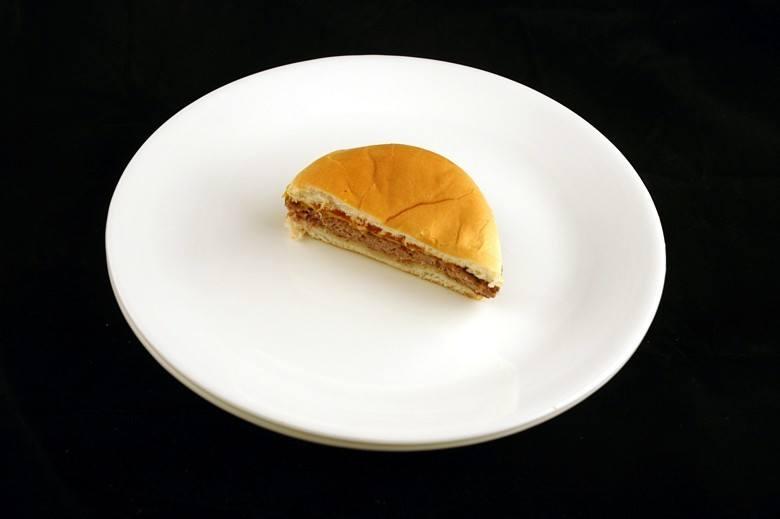 cheese_burger_calorias_sos_solteiros
