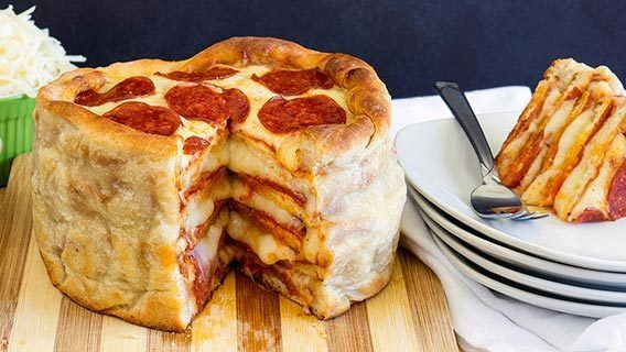 oh-yes-we-did-pepperoni-pizza-cake_01