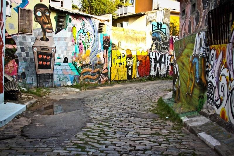 Artrevimento, http://www.artrevimento.com.br/resenhas/artes-na-rua-o-grafite-e-suas-multiplas-facetas/