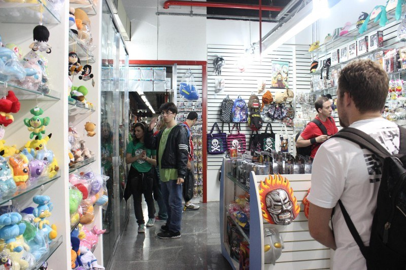 São Paulo para Curiosos, http://spcuriosos.com.br/galeria-no-bairro-da-liberdade-e-o-paraiso-dos-nerds/