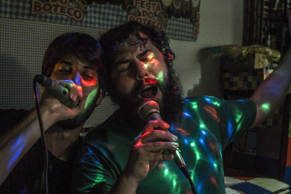 Noisey, http://noisey.vice.com/pt_br/blog/feira-sao-cristovao-happy-hour-fotos