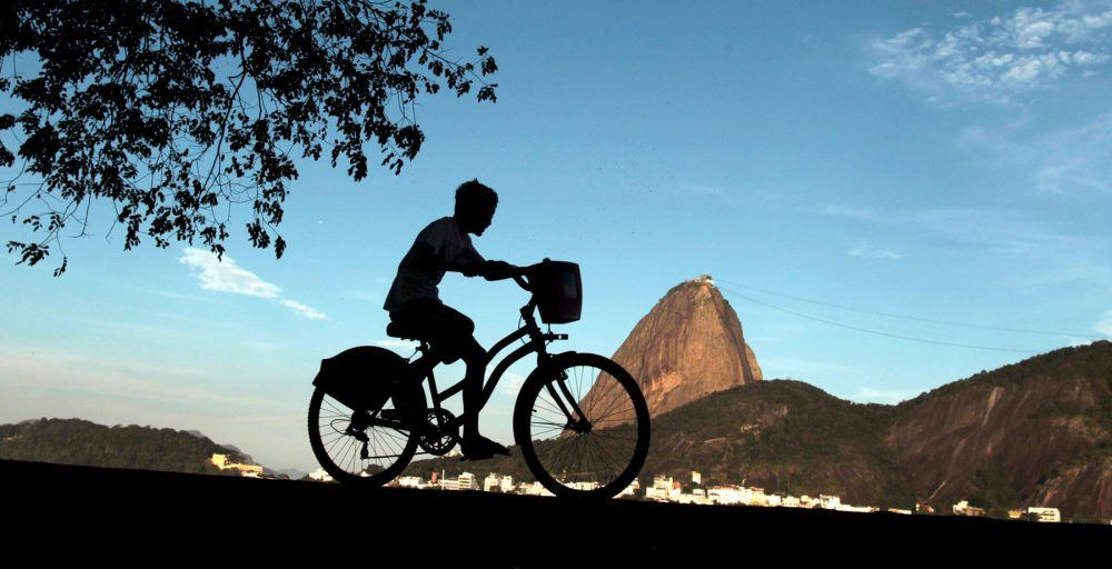 About rio, http://www.aboutrio.com.br/wordpress/2015/07/27/onde-passear-de-bicicleta/