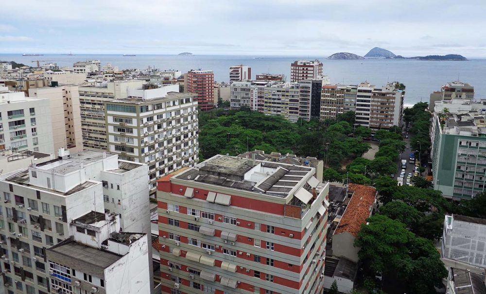 Viagens e Caminhos, http://www.viagensecaminhos.com/2015/12/mirante-da-paz-ipanema-rio-de-janeiro.html