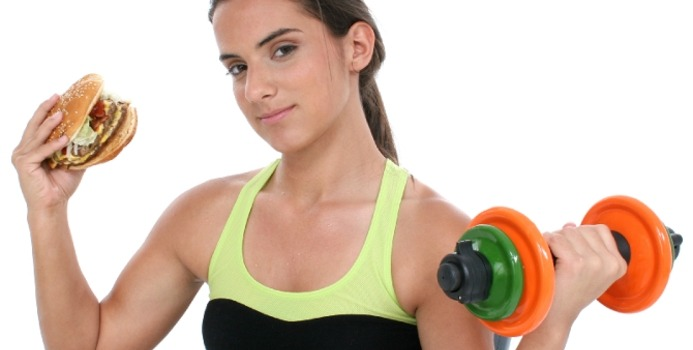 Fitday, http://www.fitday.com/fitness-articles/fitness/is-it-better-to-eat-before-or-after-a-workout.html