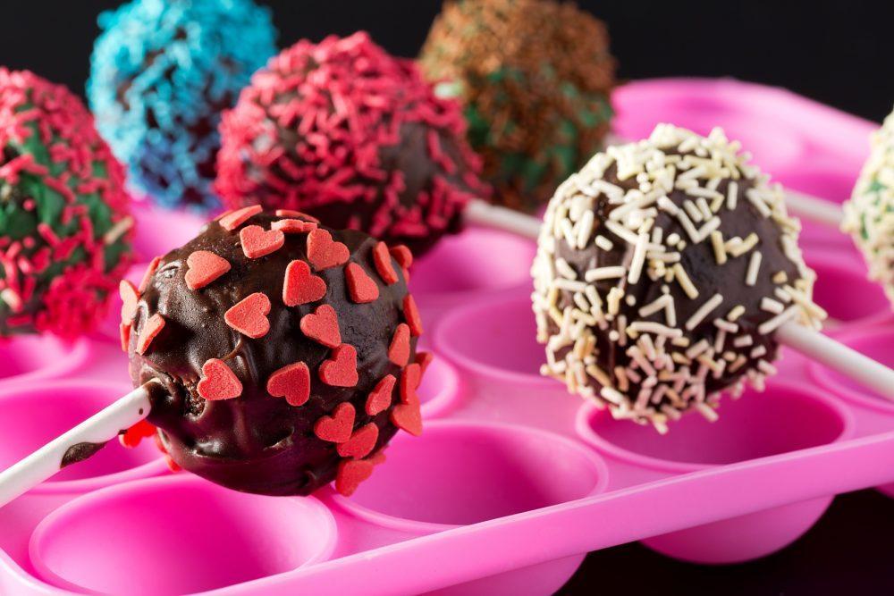 Guia da Semana, http://www.guiadasemana.com.br/receitas/galeria/10-receitas-de-doces-criativos-para-festas
