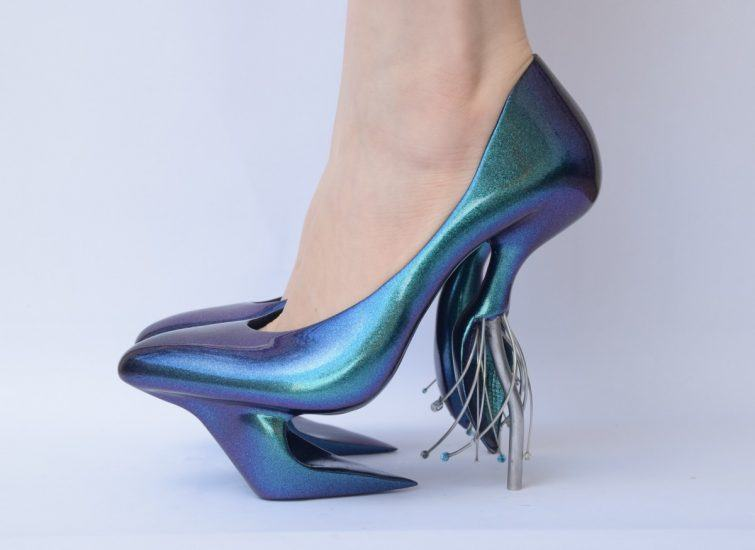 Accessories Magazine, https://www.accessoriesmagazine.com/147845/walk-art-visionary-shoes-will-blow-mind