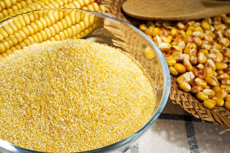 Cozinhas Itatiaia, http://www.cozinhasitatiaia.com.br/blog/bolo-de-fuba-com-goiabada-e-queijo