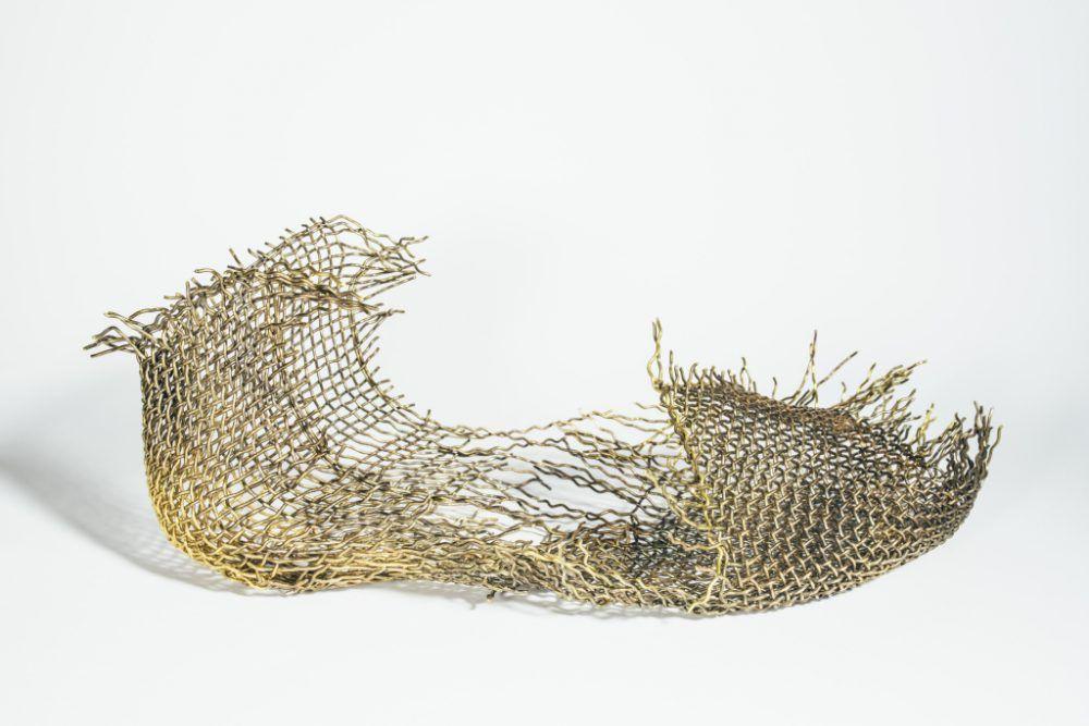 WWD, http://wwd.com/eye/lifestyle/gallery/a-walk-of-art-visionary-shoes-featuring-kobi-levi-sigalit-landau-and-more-10748330/#!6/reut-alon-curves-2015-photographer-nitzan-yogev