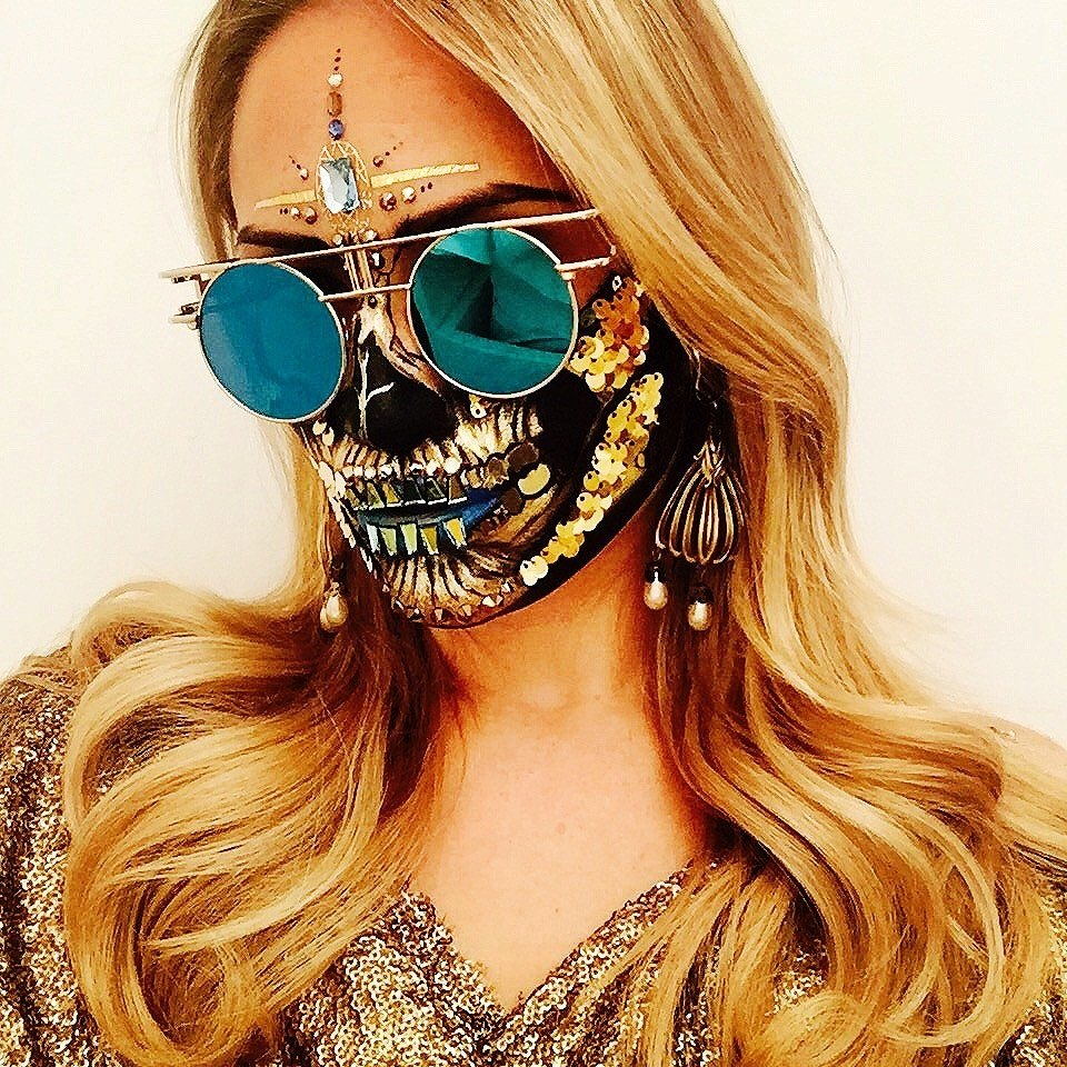 Glamour, http://www.glamour.com/gallery/50-best-halloween-makeup-ideas-on-instagram