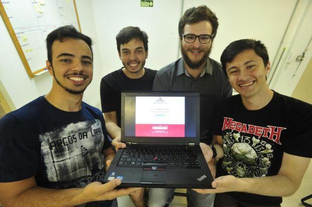Diario de Santa Maria, http://diariodesantamaria.clicrbs.com.br/rs/geral-policia/noticia/2016/11/estudantes-da-ufsm-criam-aplicativo-que-ajudara-a-abastecer-hemocentros-8114758.html