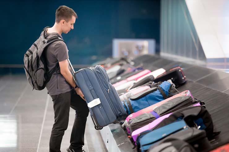 Esse mundo é nosso, http://www.essemundoenosso.com.br/passageiro-tera-que-pagar-pra-despachar-bagagem/