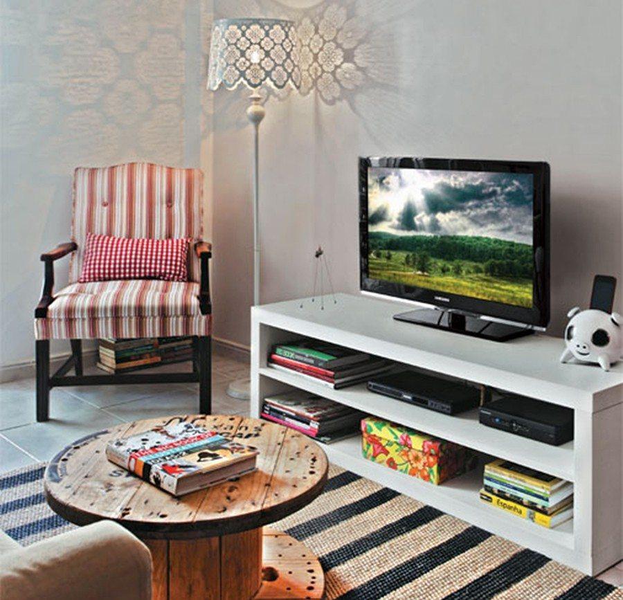 Feito Decoração: http://feitodecoracao.com/decoracao-de-sala-de-estar-pequena/
