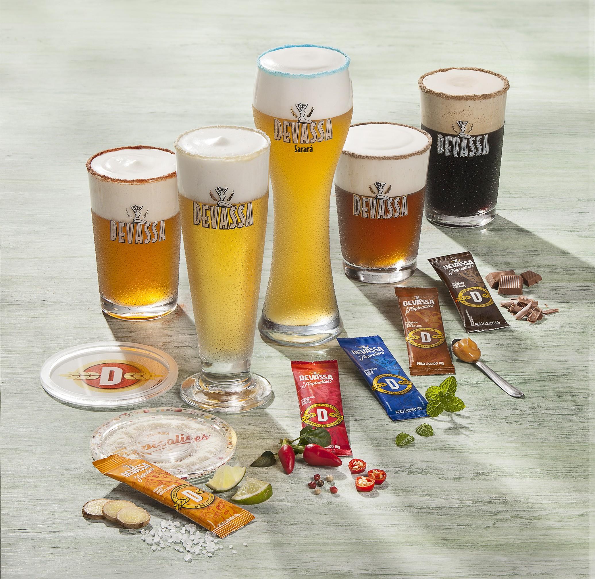 Divulgação   Cervejaria Devassa, http://www.cervejariadevassa.com.br/proibido/