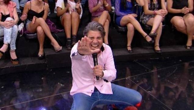 TV Foco, http://www.otvfoco.com.br/joao-kleber-e-flagrado-humilhando-funcionarios-da-redetv/