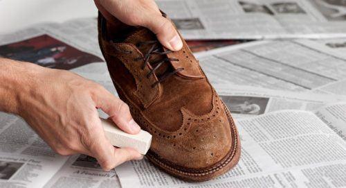2584aa6abb8 5 Dicas para limpar Calçados de Camurça sem estragar o couro