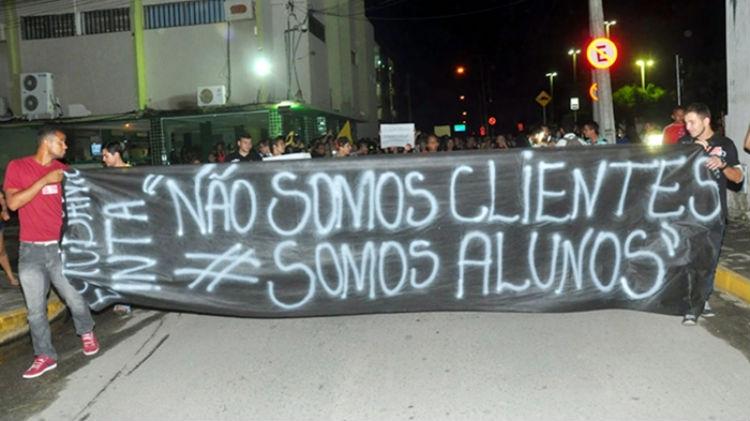 protesto_estudantes_sossolteiros