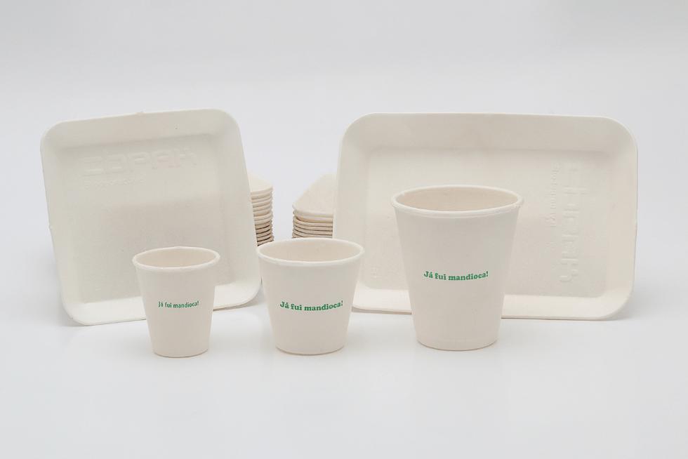Ecoamos, https://www.ecoamos.com.br/57/bandejas-compostaveis-de-mandioca--embalagem-ecologica