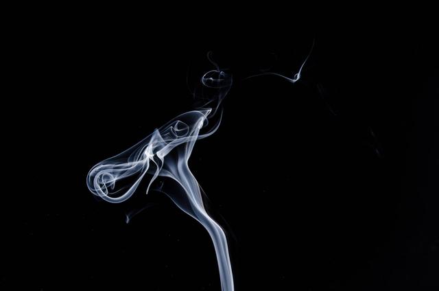 Pexels, https://www.pexels.com/photo/white-smoke-37727/