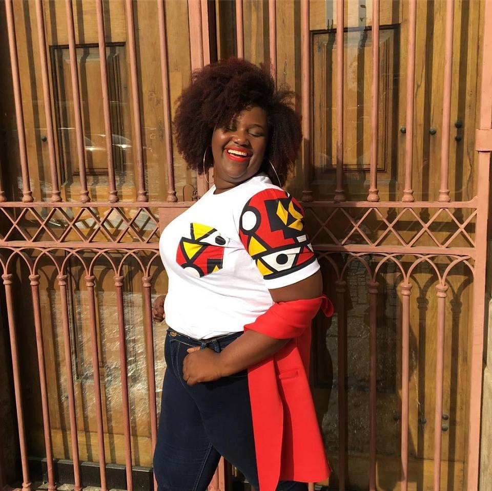 Facebook – Nzinga Moda Afro, https://www.facebook.com/nzingamodaafro/photos/a.641288462874811/751727608497562/?type=3&theater