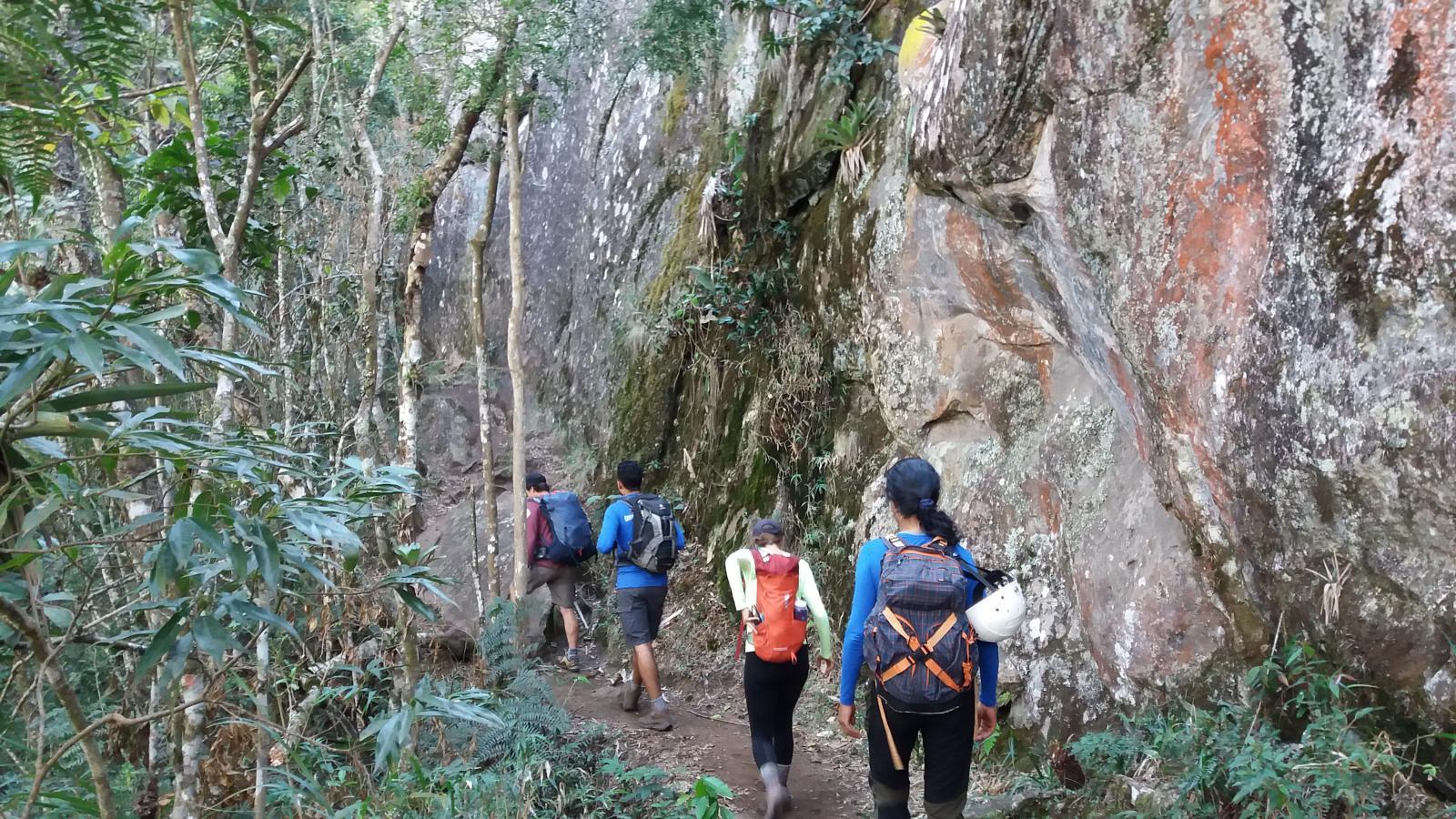 Wikiloc, https://pt.wikiloc.com/trilhas-via-ferrata/pedra-do-bau-e-ana-chata-em-sao-bento-do-sapucai-sp-marcelo-28287996/photo-18073279